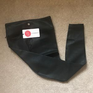 NWT Vimmia metallic long legging
